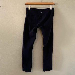 LULULEMON Athletic bottom Capri crop tight legging